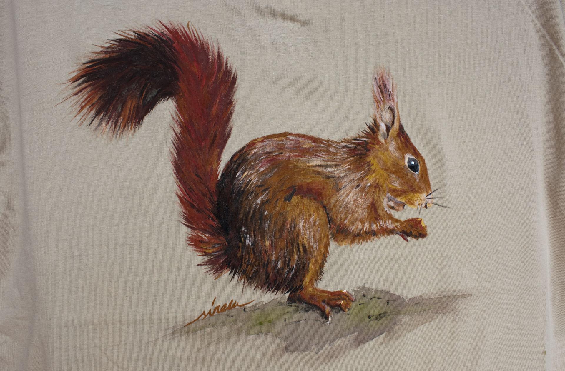ardilla_sirem_camiseta pintada a mano